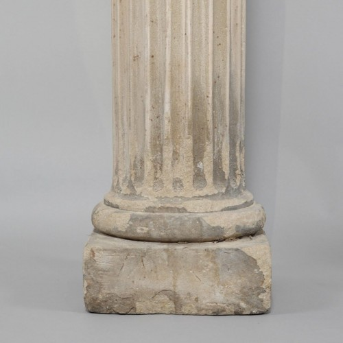 18th century - Pair of column in sandstone