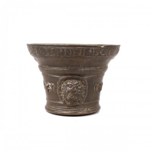 Bronze mortar - 1581
