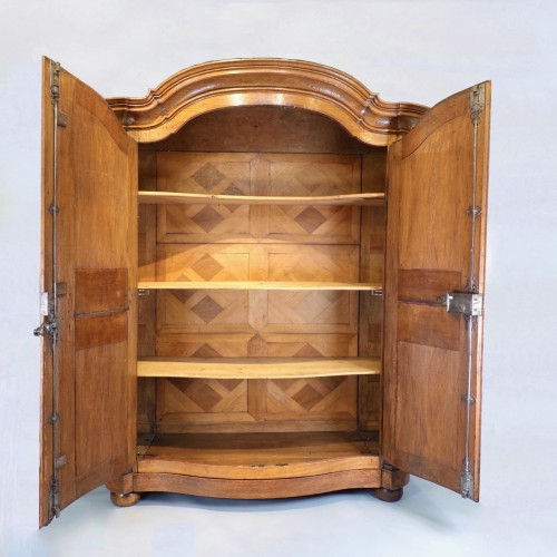 Master piece cabinet made in Strasbourg - Collectibles Style Louis XV
