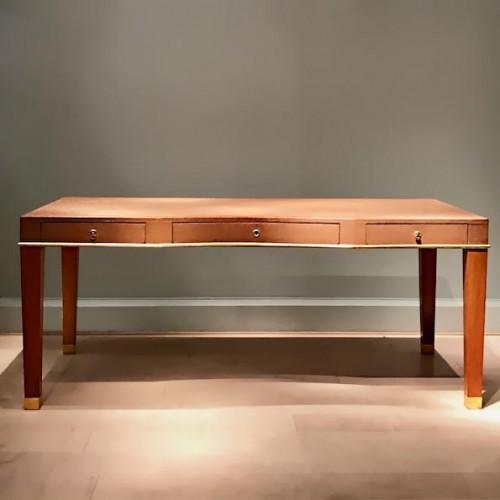 20th century - Leather desk by Blanche Klotz