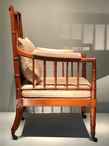 19th century - Large armchair with bars.