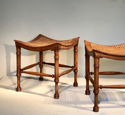 Pair of neo-egyptian stools. - Seating Style Art nouveau