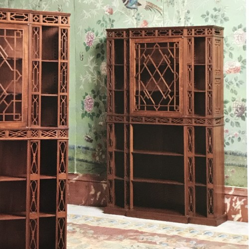 Pair of English showcases in neo-Chinese taste -