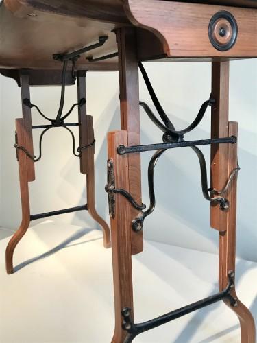 Table à mécanisme. - Furniture Style