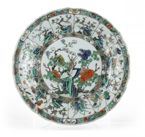 Porcelain famille verte dish circa 1700