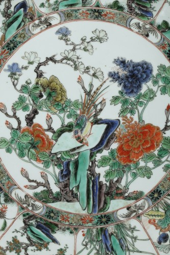 Porcelain famille verte dish circa 1700 - Asian Art & Antiques Style