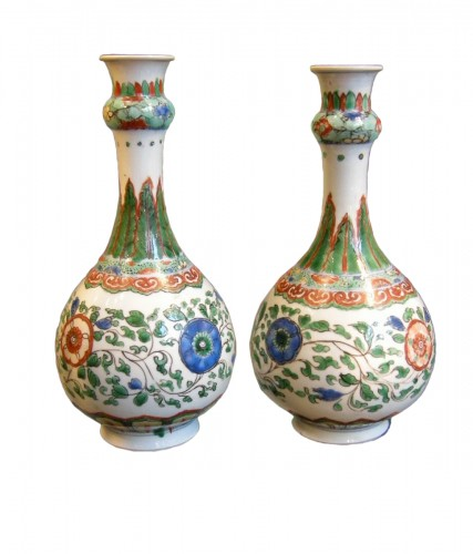 "Pair of bottles ""famille verte"" porcelain"