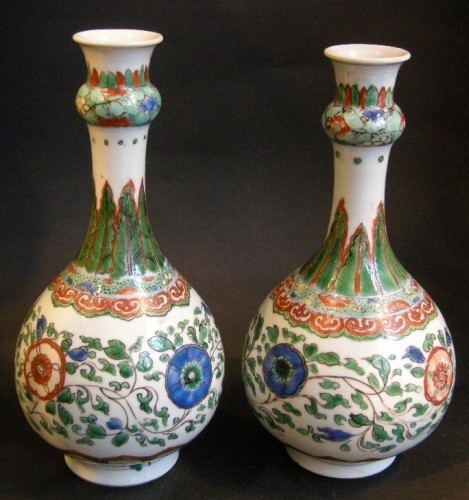 "Asian Art & Antiques  - Pair of bottles ""famille verte"" porcelain"