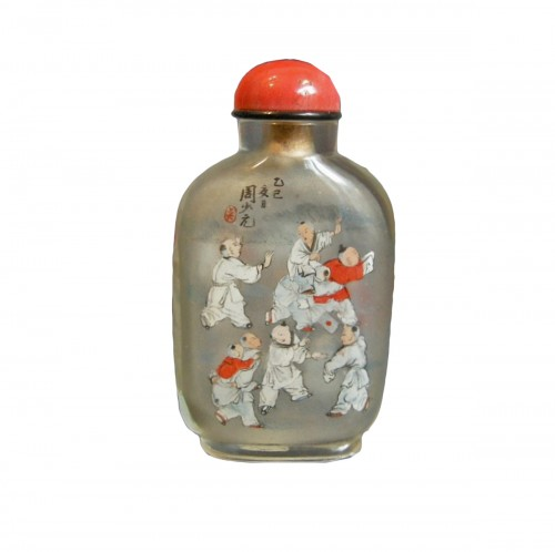 Inside painting glass snuff bottle Signed Zhou Shaoyuan 1905