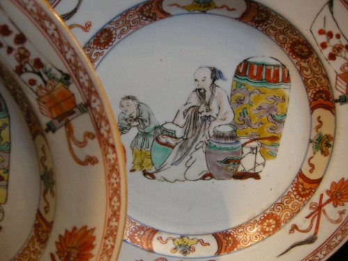 "Asian Art & Antiques  - Pair of plates porcelain ""famille verte"""