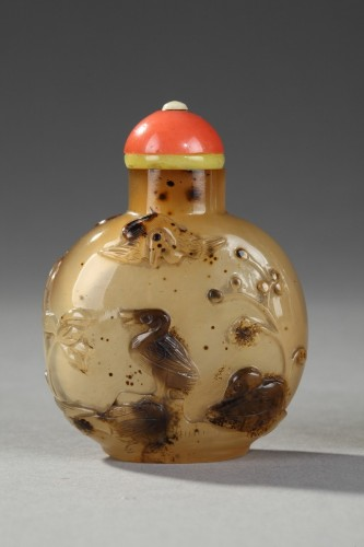 Agate snuff bottle sculpted 1740/1850 - Asian Art & Antiques Style