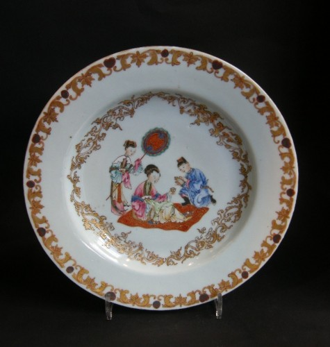 "Asian Art & Antiques  - Chinese porcelain ""Famille rose""plate - Yongzheng period 1723/1735"