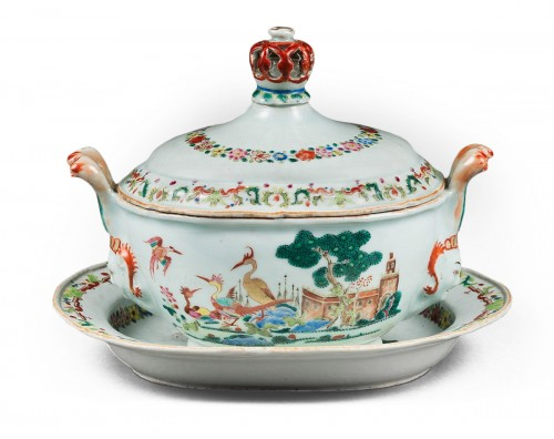 Tureen and stand porcelain Famille rose  - Qianlong period 1736/95