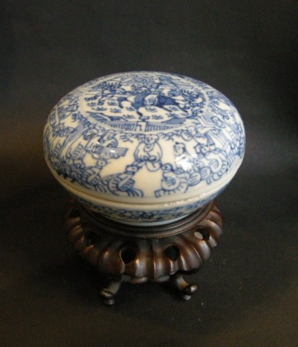 Box porcelain blue and white   - Kangxi period 1662/1722 - Asian Art & Antiques Style