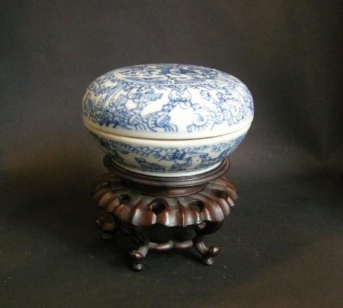 Box porcelain blue and white   - Kangxi period 1662/1722 -