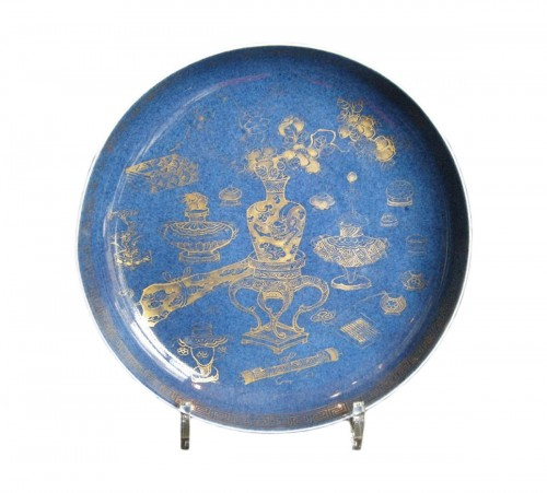 "Porcelain dish ""Powder blue"" Kangxi period 1662/1722"