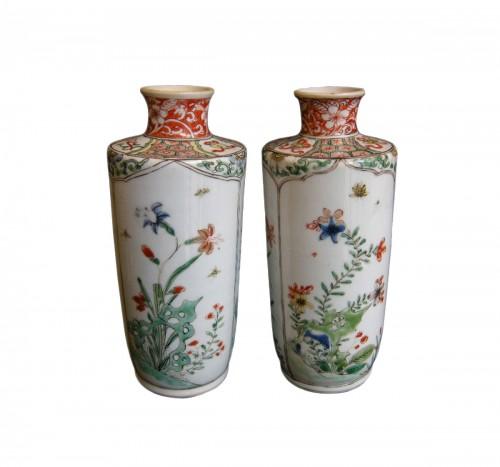 """Pair of vases """"Famille verte """" porcelain Kangxi period  (1662-1722)"""