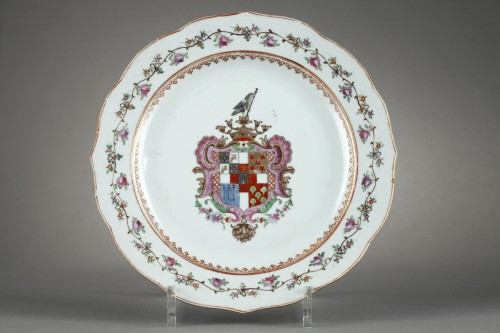 Asian Art & Antiques  - Dish Famille rose decorated armorials Portuguese - Qianlong  about 1770