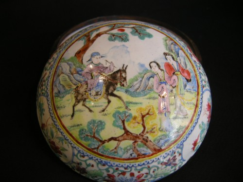Box  Canton enamel  painting - Circa 19 century - Asian Art & Antiques Style