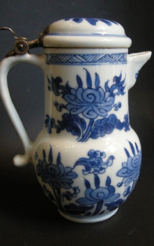 """Porcelain ewer """"Blue and White """"  Kangxi period 1662/1722 - Asian Art & Antiques Style"""