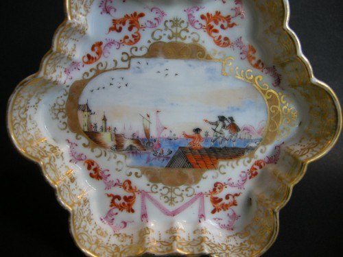Milk pot and stand  Meissen style  - Qianlong 1736/1795 - - Asian Art & Antiques Style