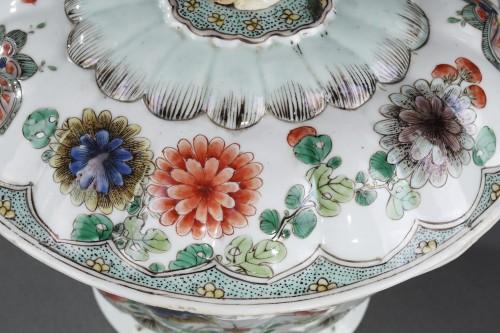 """Ecuelle porcelain """"Famille Verte"""" - Kangxi period 1662/1722 - Porcelain & Faience Style"""