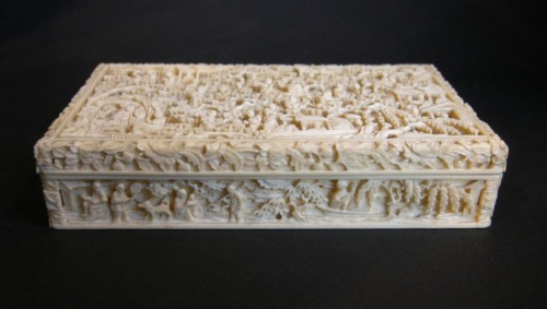 19th century - Ivory Box sculpted - Canton 1800/1850
