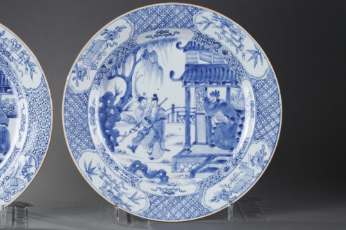 "Porcelain & Faience  - Pair of dish ""blue and white "" porcelain - circa 1720/1725"