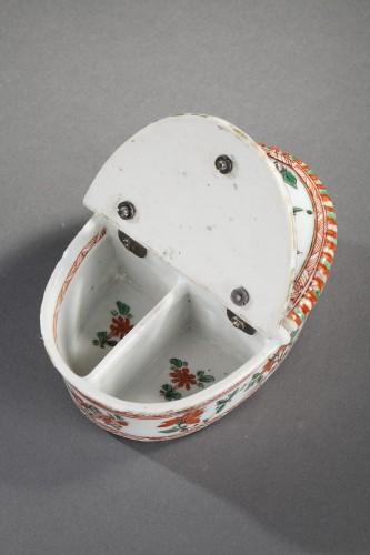 """Porcelain & Faience  - Pair spice box porcelain """"Famille verte """"  - Kangxi period 1662/1722"""