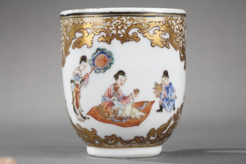 """Cup and saucer """"Famille rose """" porcelain - Yongzheng period 1723/1735 -"""