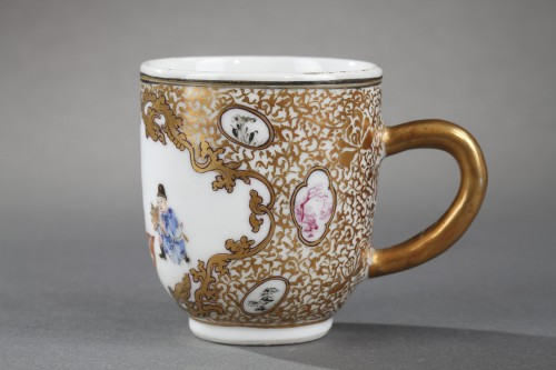 """18th century - Cup and saucer """"Famille rose """" porcelain - Yongzheng period 1723/1735"""