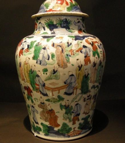 "Asian Works of Art  - Vase  ""wucai"" porcelain - circa 1650/1665 -"