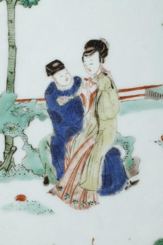 Asian Works of Art  - Large dish powder blue and Famille verte enamels - Kangxi 1662/1722