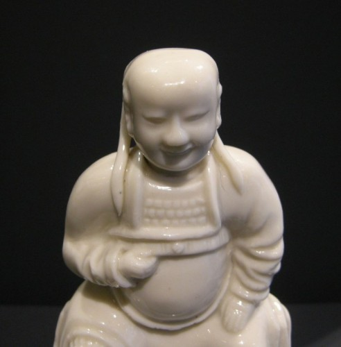 Figure of Guandi Blanc de Chine porcelaine -1650/1670 - Asian Works of Art Style