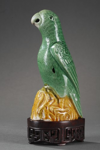 Asian Works of Art  - Pair parrots in biscuit - Kangxi period 1662/1722