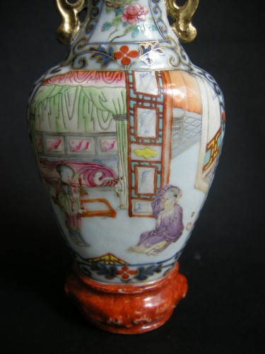 Wall vase porcelain - Jiaqing period  1796/1820 - Asian Works of Art Style