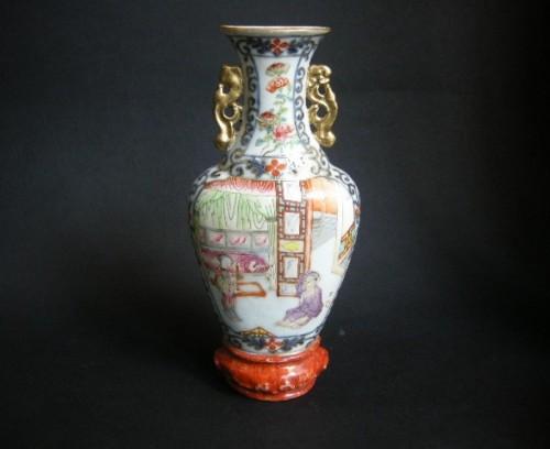 Wall vase porcelain - Jiaqing period  1796/1820 -
