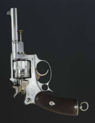 Revolver of order model 1887 for officer, third republic