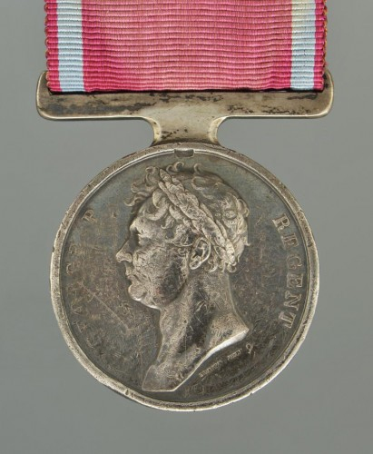 Médaille de waterloo, attribuée au sergent-major edward cotton - Collections Style Empire