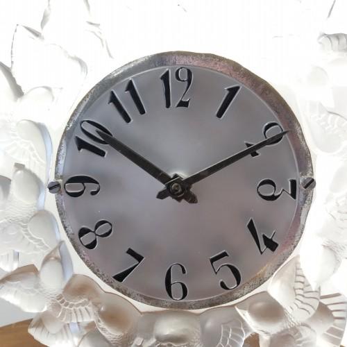 1931 Rene Lalique Roitelets Clock Clear Glass Enamel Dial Omega Movement - Art Déco