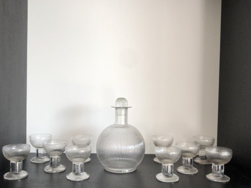 1926 Rene Lalique Wingen Set 11 Pieces Drinking Glasses Stems and Decanter