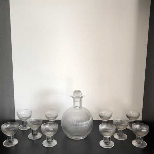 1926 Rene Lalique Wingen Set 11 Pieces Drinking Glasses Stems and Decanter - Glass & Crystal Style Art Déco