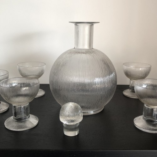 20th century - 1926 Rene Lalique Wingen Set 11 Pieces Drinking Glasses Stems and Decanter