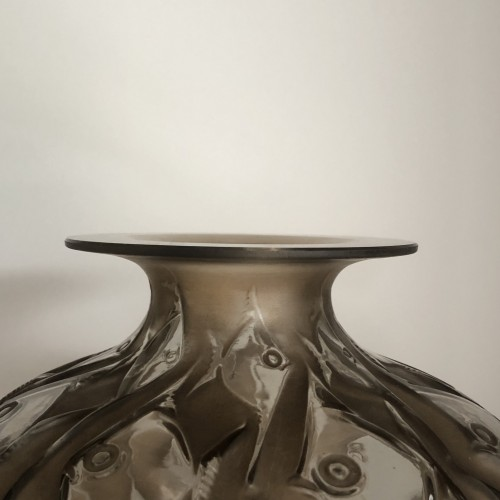 1928 René Lalique - Penthievre Vase in Clear Glass with Sepia Patina - Fishes -