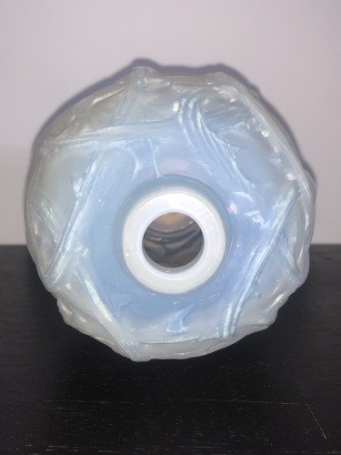 1921 Rene Lalique - Ronces Vase in Double Cased Opalescent Glass - Glass & Crystal Style Art Déco