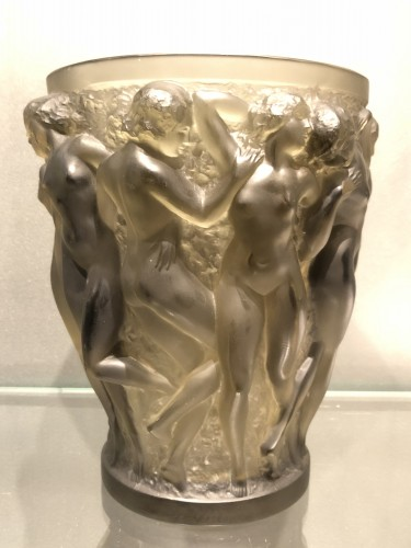 20th century - 1927 Rene Lalique Bacchantes Vase in Grey Smoked Glass - Dancing Women