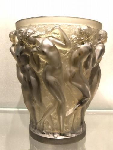 1927 Rene Lalique Bacchantes Vase in Grey Smoked Glass - Dancing Women - Art Déco