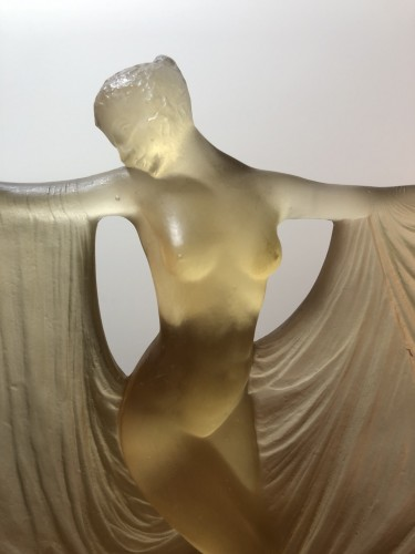 Antiquités - 1925 René Lalique Suzanne Statuette Yellow Ambré Glass - Woman Statue