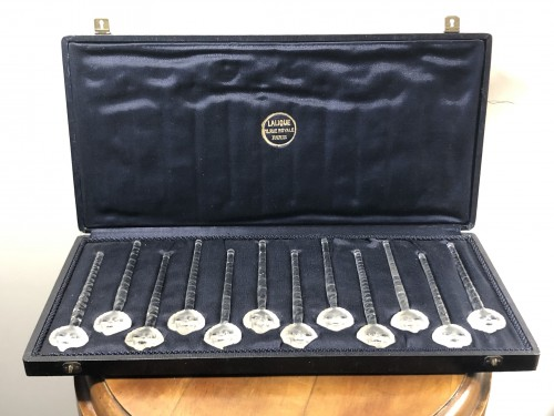 Glass & Crystal  - 1932 René Lalique Set of 12 Barr Champagne Cocktail Swizzle Sticks in Box