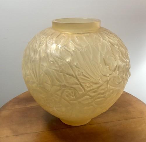 Glass & Crystal  - 1920 Rene Lalique Gui Vase in Yellow & Opalescent Glass - Mistletoe